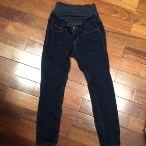 Old Navy Maternity full panel skinny jeans